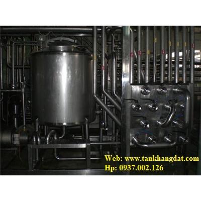 Lắp đặt đường ống inox vi sinh.